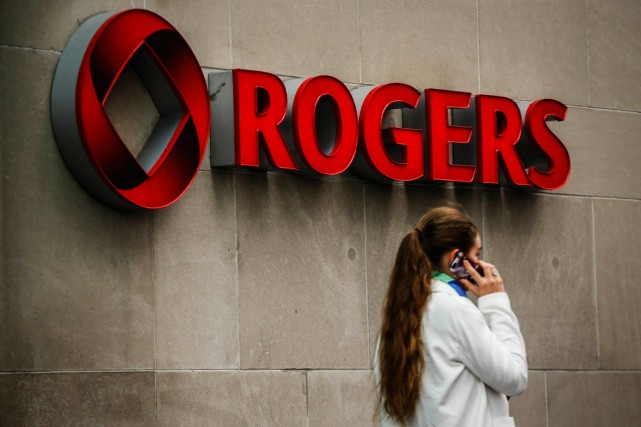 Comme pour son service en sol américain, Rogers... (PHOTO MARK BLINCH, ARCHIVES REUTERS)