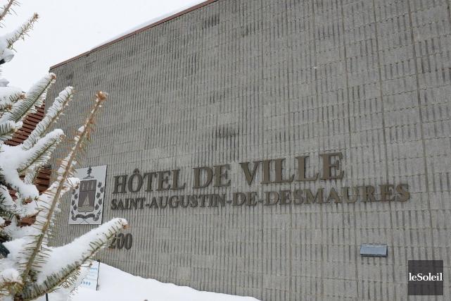 L'hôtel de ville de Saint-Augustinn-de-Desmaures... (Photothèque Le Soleil, Patrice Laroche)