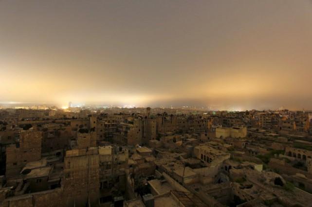 Plus de 215 000 personnes ont été tuées... (Photo Rami Zayat, Reuters)