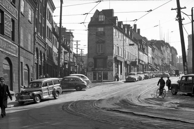 Le carrefour créé par la côte de la... (Archives de la Ville de Québec)
