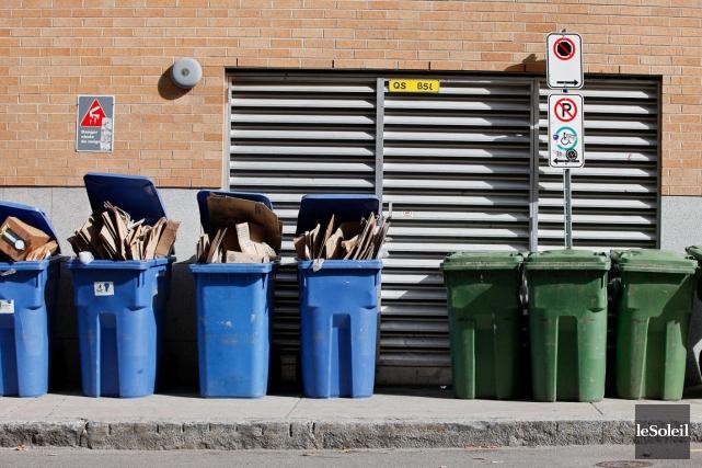 La collecte des ordures et des matières recyclables... (Photothèque Le Soleil, Yan Doublet)