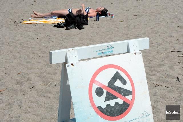 La baignade dans le Saint-Laurent est interdite, mais... (Photothèque Le Soleil, Erick Labbé)