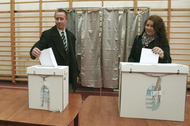 Le candidat de Jobbik dansla ville de Tapolca,... (Photo: AP)