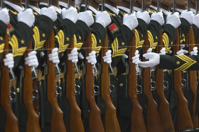 Les dépenses militaires en Chinesont estimées à 216... (Photo: AP)