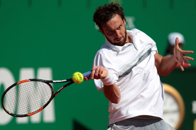 Ernests Gulbis... (Photo Jean-Christophe Magnenet, AFP)