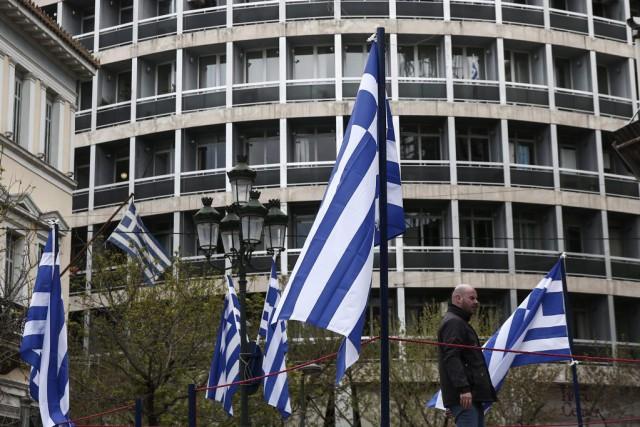 Les mesures radicales de contrôle des capitaux ont... (PHOTO YORGOS KARAHALIS, AP)