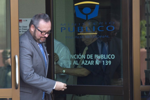Sebastian Davalos Bachelet, 36 ans, est arrivé au... (PHOTO MARTIN BERNETTI, AFP)