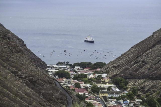 Sur la photo, le port de Jamestown, capitale... (PHOTO JEAN LIOU, AFP)