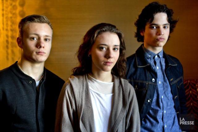 Antoine L'Écuyer (François), Karelle Tremblay (Julie) et Anthony... (Photo: Marco Campanozzi, La Presse)