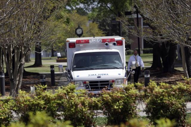 L'établissement avait été bouclé dans la matinée avant... (Photo Gerry Broome, AP)