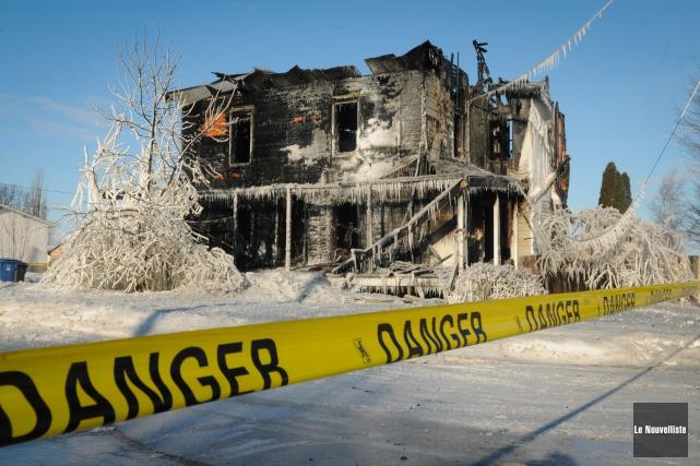 L'incendie criminel avait complètement détruit cette résidence du... (Photo: François Gervais Le Nouvelliste)