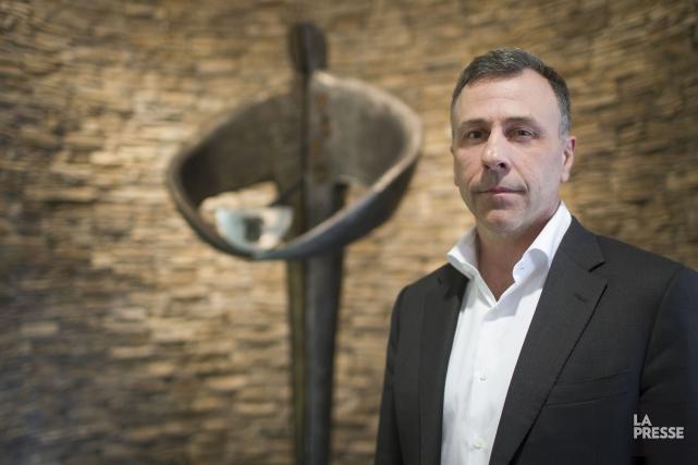 Éric Gervais, vice-président exécutif deDuchesnay... (PHOTO OLIVIER PONTBRIAND, LA PRESSE)