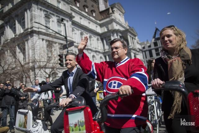 Dans une cérémonie festive le maire Coderre s'est... (PHOTO EDOUARD PLANTE-FRÉCHETTE, LA PRESSE)