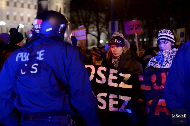 De quoi se rendent compte les manifestants? C'est... (Photothèque Le Soleil, Erick Labbé)