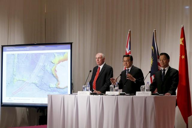 Le ministre malaisien des Transports, Liow Tiong Lai... (PHOTO OILVIA HARRIS, REUTERS)