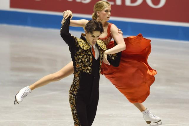 Kaitlyn Weaver et Andrew Poje... (PHOTO TORU YAMANAKA, AFP)