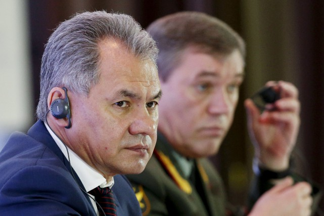 Le ministre russe de la Défense Sergueï Choïgou... (Photo Sergei Karpukhin, Reuters)