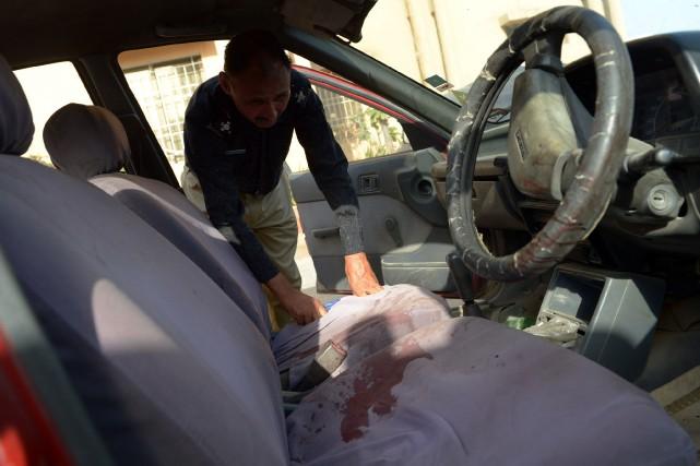 Selon les autorités, une balle tirée par les... (PHOTO RIZWAN TABASSUM, AFP)