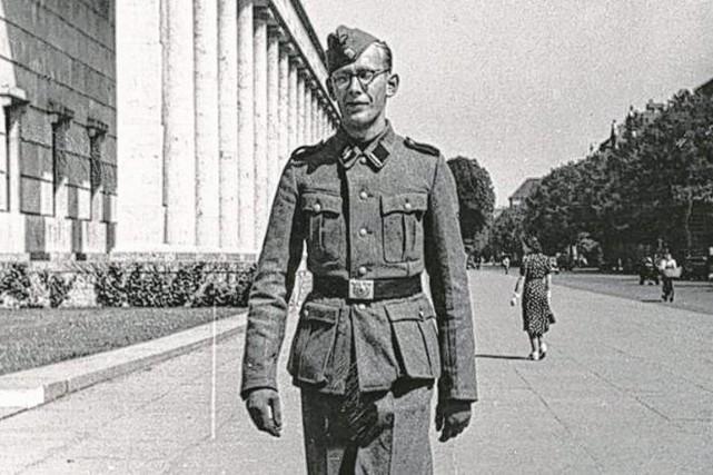 Engagé dans les Waffen SS en 1941, transféré... (PHOTO LIGUE DE DÉFENSE JUIVE)