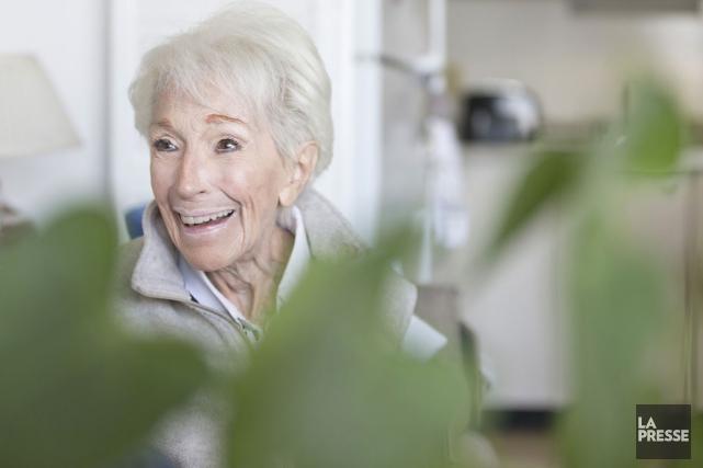 La comédienne Janine Sutto, qui compte plus de 70 ans de métier, a été faite... (Photo: Ivanoh Demers, La Presse)