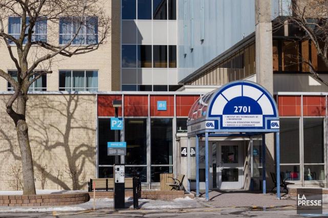 Quatre des dix jeunes arrêtés ce week-end par la GRC à l'aéroport de Montréal... (PHOTO EDOUARD PLANTE-FRÉCHETTE, ARCHIVES LA PRESSE)