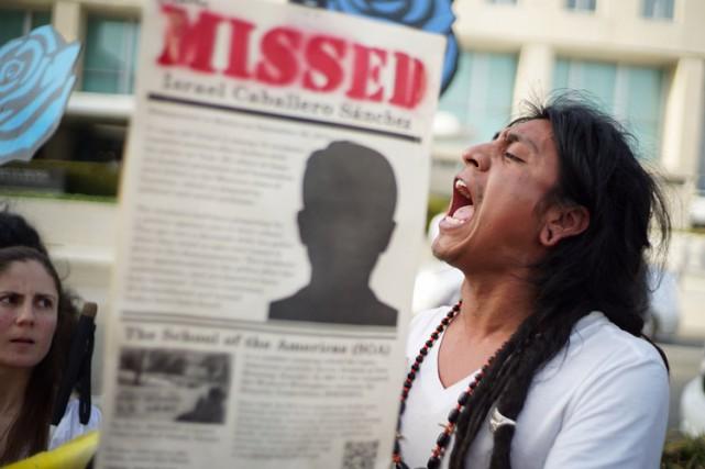 La Délégation d'Ayotzinapa a tenu une manifestation en... (Photo: AFP)
