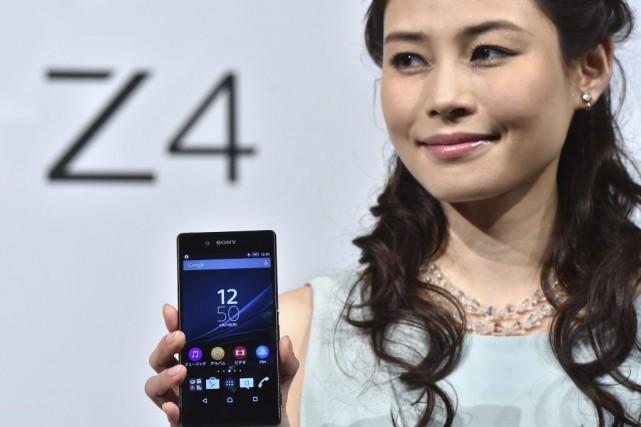 A model displays Japanese electronics giant Sony's new... (YOSHIKAZU TSUNO)