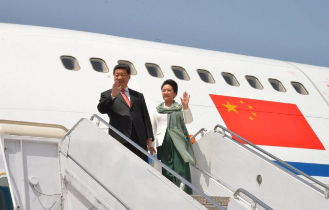 Le président de la Chine, Xi Jinping, arrive... (Photo Reuters)