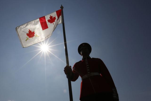 Une réserviste de 24 ans dit que l'armée canadienne refuse de prendre ses... (Photo archives La Presse Canadienne)