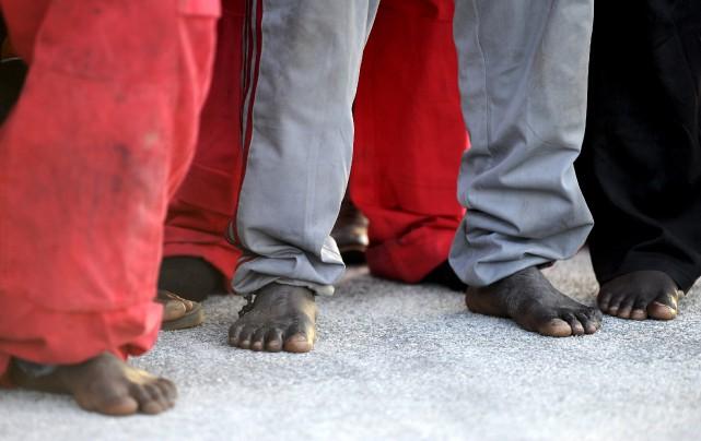 «Dans la seule journée de lundi, on estime... (PHOTO GUGLIELMO MANGIAPANE, REUTERS)