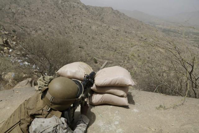 Au moins 28 civils ont été tués lundi par de spectaculaires explosions qui ont... (Photo AP)