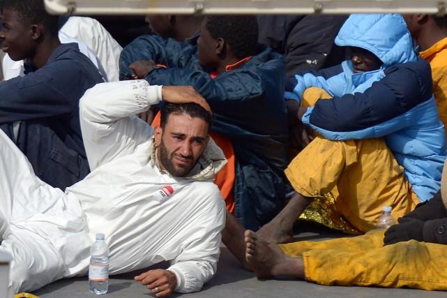 La police italienne a rapidement identifié le capitaine... (PHOTO MATTHEW MIRABELLI, AFP)