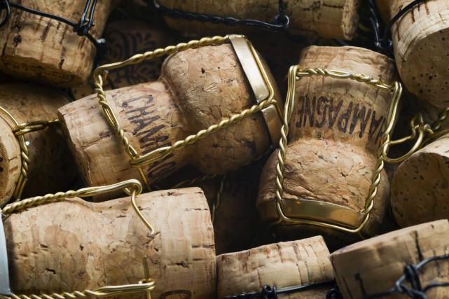 Unecargaison de 168 bouteilles, qui comprenait du Veuve... (Photo Digital/Thinkstock)
