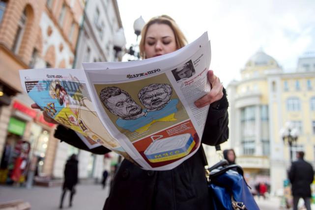La première édition deCharj i Pero(«Charge et Plume»),... (PHOTO DMITRY SEREBRYAKOV, AFP)