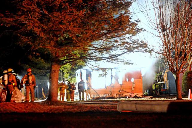 L'incendie a eu lieu dans la soirée de... (Photo collaboration spéciale Éric Beaupré)