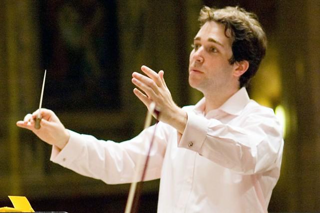 À New York, Steven Fox dirige notamment l'orchestre... (Photo fournie par Kim Fox)