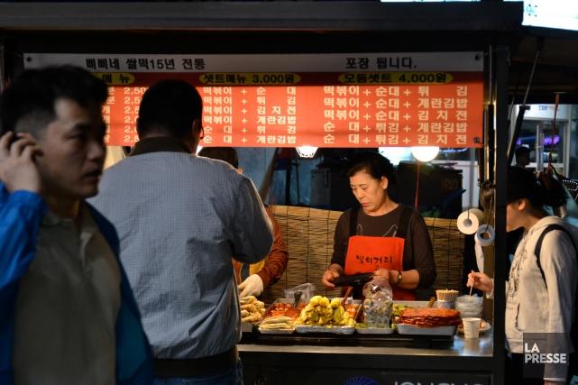 Contrairement à Montréal, la bouffe de rue n'est... (Photo Violaine Ballivy, La Presse)
