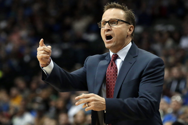 Scott Brooks a dirigé le Thunder d'Oklahoma City... (Photo LM Otero, archives AP)