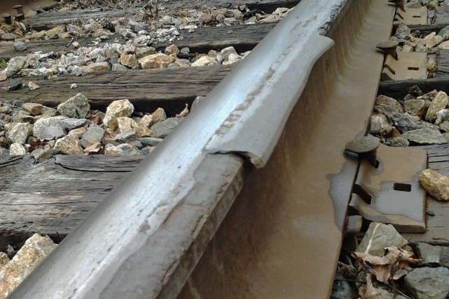 La voie ferrée est située à quelques dizaines... (Photo fournie)