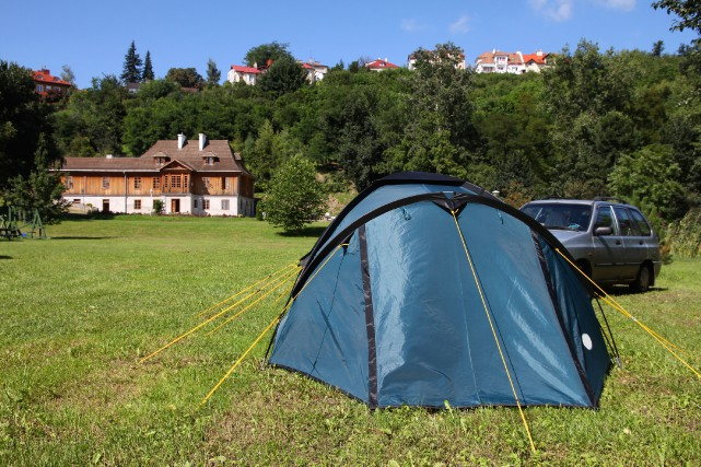L'Europe en camping? Et pourquoi pas? Camper est... (Photo Digital/Thinkstock)