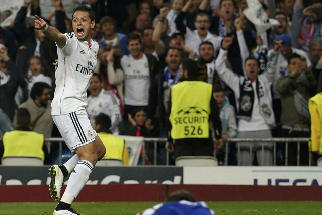 Javier Hernandez célèbre son but décisif.... (Photo: Reuters)