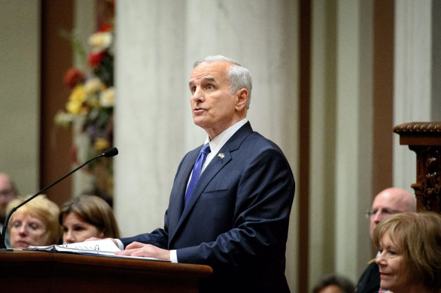 Le gouverneur du Minnesota, Mark Dayton... (PHOTO ARCHIVES AP)