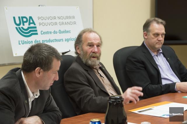 Daniel Habel, vice-président de l'UPA du Centre-du-Québec, Jean-Luc... (Photo: Stéphane Lessard Le Nouvelliste)
