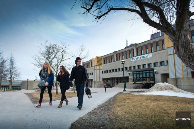 Les étudiants du Cégep de Sherbrooke seront en grève, vendredi prochain, afin... (Archives La Tribune)