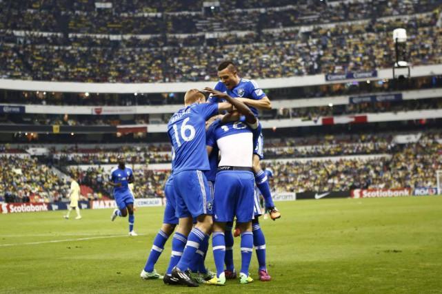 Les joueurs de l'Impact célèbrent le but d'Ignacio... (PHOTO EDGARD GARRIDO, REUTERS)