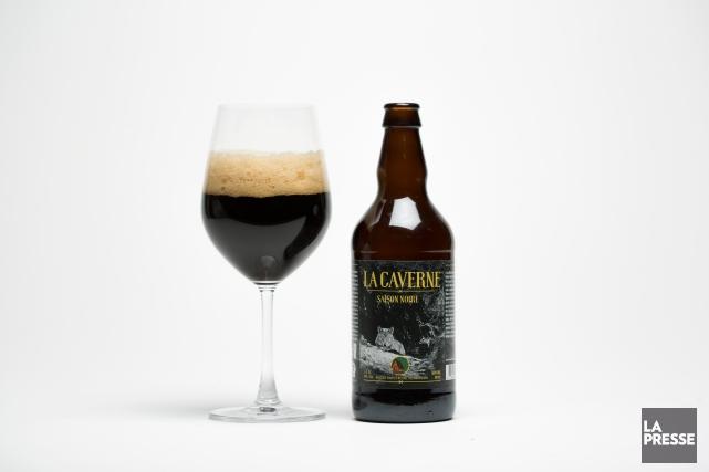 Plutôt agréable à boire, Lacaverne se révèle toutefois... (Photo Olivier Pontbriand, La Presse)