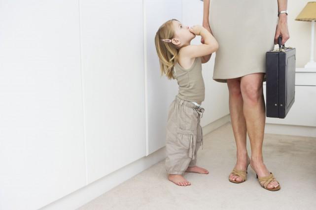 Les femmes ont aussi tendance à se sentir... (Photo Digital/Thinkstock)