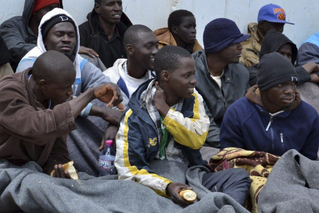 Les rescapés qui sont essentiellement des Maliens, des... (PHOTO FETHI NASRI, AFP)