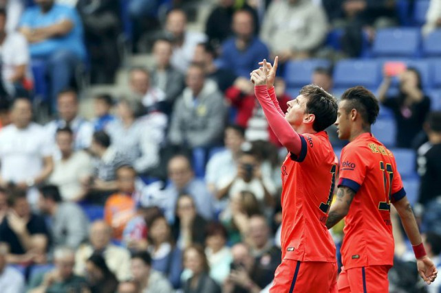 Lionel Messi et Neymar... (PHOTO ALBERT GEA, REUTERS)