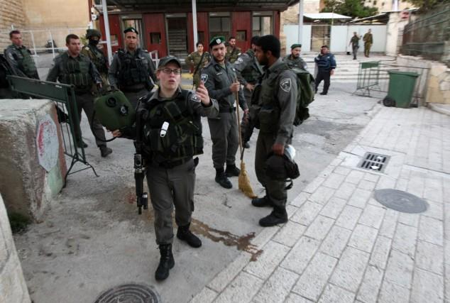 Les policiers ont abattu l'adolescent après qu'il a... (PHOTO HAZEM BADER, AFP)